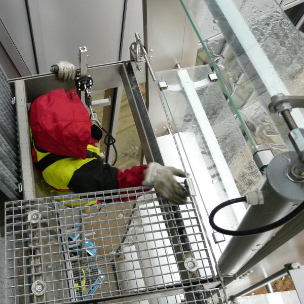 Přechod z jistícího lana SecuRope na jistící kolejnici SecuRail