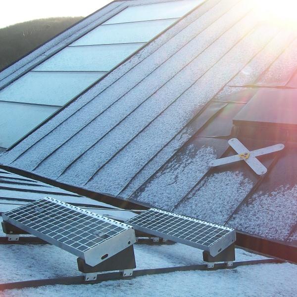 Kotvící bod LDV029 u vstupu na horní část střechy